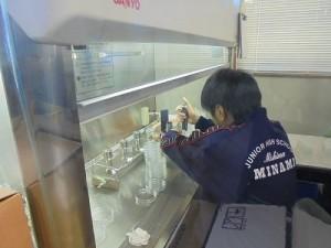 大仁事業所にて微生物検査